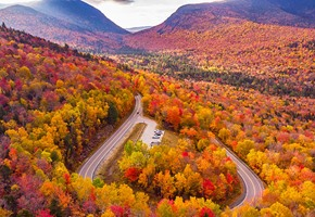 Kancamagus highway in foliage colors