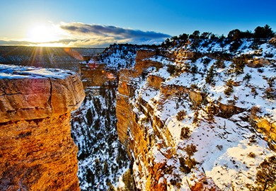 Sunrise in Winter at the Grand Canyon